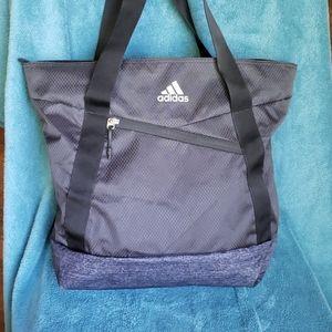 💥HOST PICK💥NEVER-USED Adidas Squad III gym tote